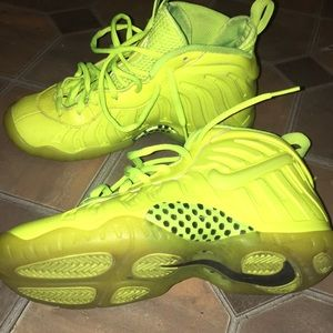 best sneakers 0ca9e 9ae57 new zealand nike foamposite neon green kid 2cf0e a2f69